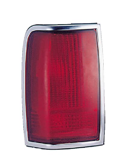 Amazon Com Lincoln Town Car Pair Tail Light 90 97 New Automotive