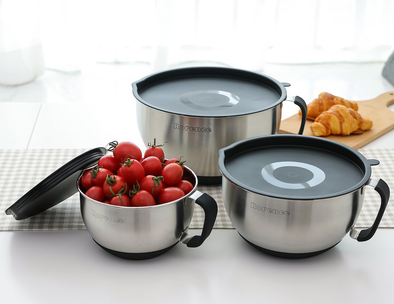Black Rorence Stainless Steel Non-skid Mixing Bowls Set of 3 With Transparent Lids