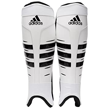 adidas Hockey Shin Pads  Amazon.co.uk  Sports   Outdoors 9875bdc44c