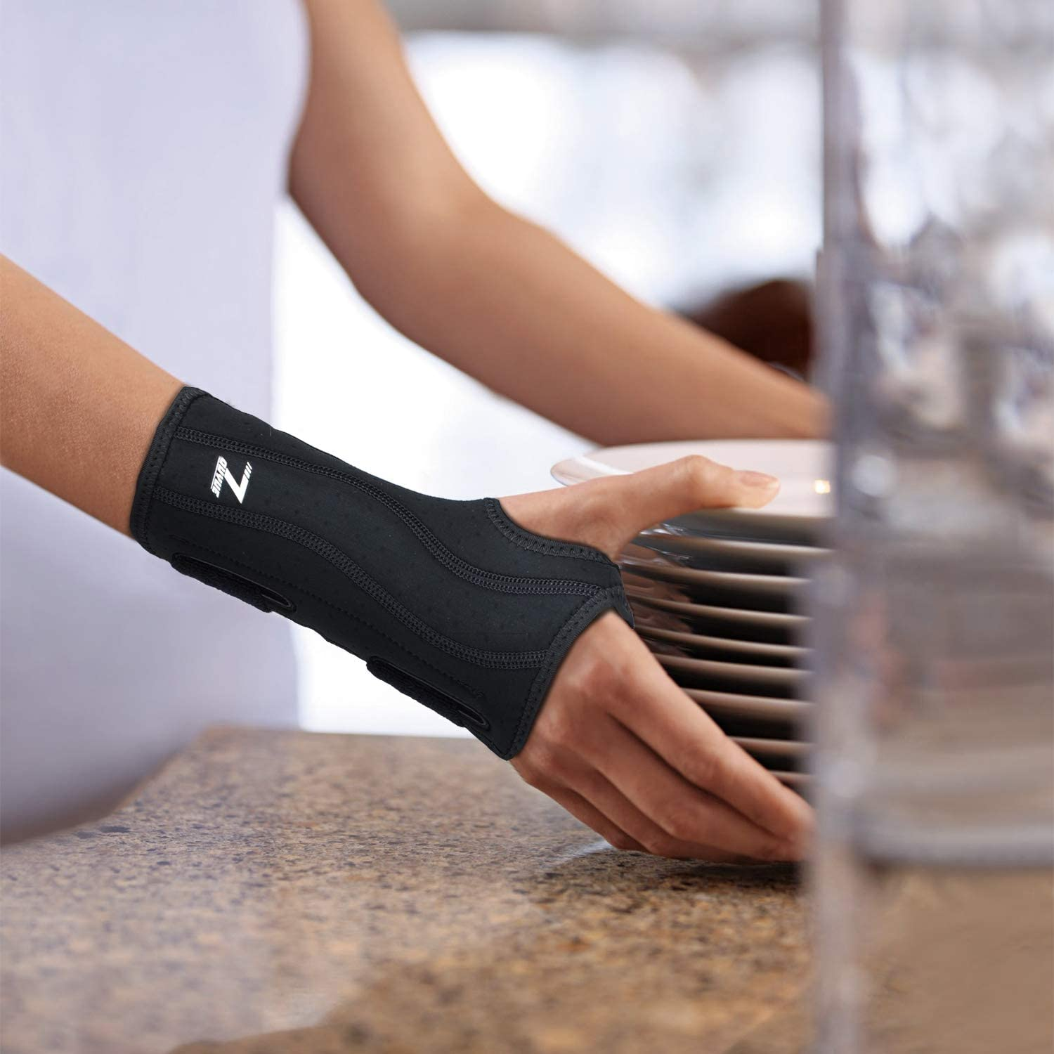 Carpal Tunnel Wrist Brace, Night Sleep Wrist Support, Removable Metal Wrist Splint for Men, Women, Right Hand, Tendinitis, Bowling, Sports Injuries Pain Relief -Right