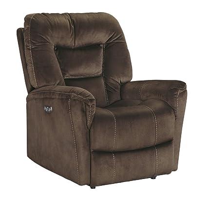 amazon com ashley furniture signature design dakos comfortable rh amazon com Ashley Furniture Leather Recliners Ashley Furniture Power Recliners On Sale