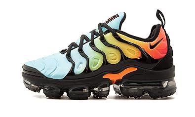 quality design 4547d 8ff63 Amazon.com | NIKE Women's AIR Vapor Max Plus Shoe Black/Aqua ...