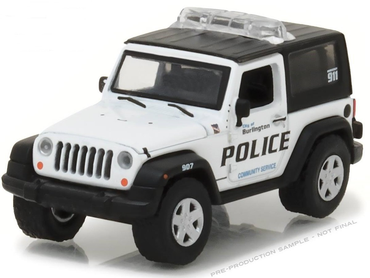 NEW 1 64 GREENLIGHT HOT PURSUIT SERIES 23 ASSORTMENT 2009 JEEP WRANGLER BURLINGTON WISCONSIN WHITE Diecast Model Car By Greenlight