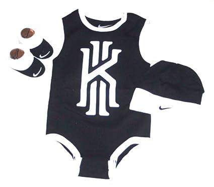 Nike Kyrie Irving 3-Piece Infant (de 0 a 6 Meses) Body Set de Regalo ... 5841768683c