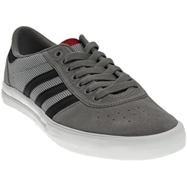 e50018ffb6 Amazon.com  adidas Mens Lucas Premiere ADV Athletic   Sneakers  Clothing