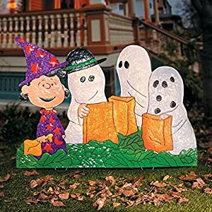 PEANUTS GANG IN HALLOWEEN COSTUMES YARD DECOR
