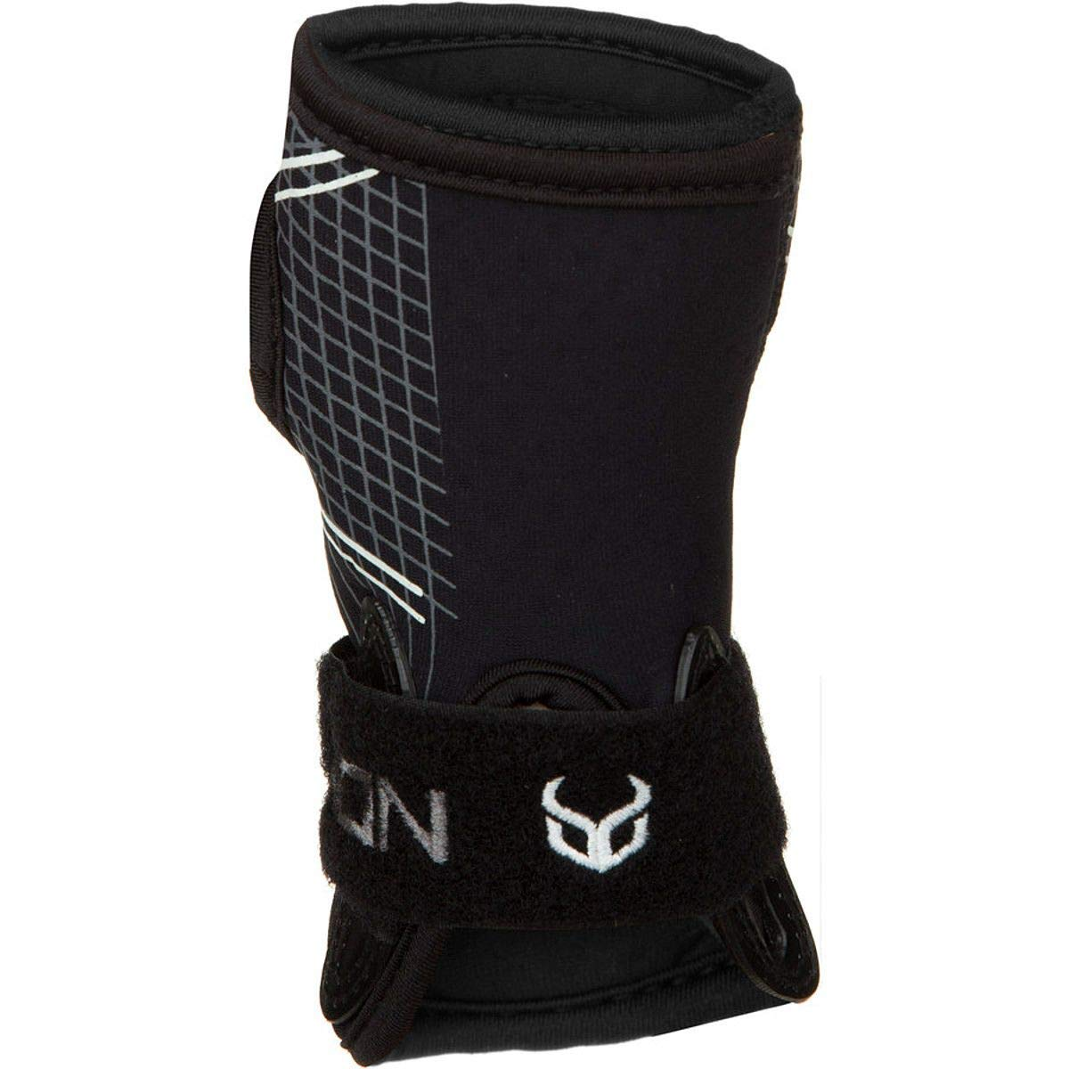 Demon Snow Wrist Guard Black, S by Demon
