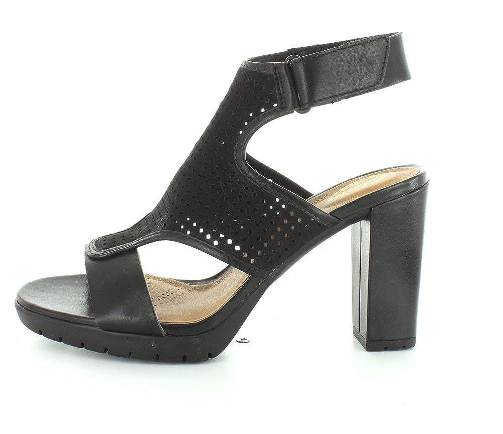 3352c02ccccce Amazon.com   CLARKS Womens Pastina Lima   Sandals