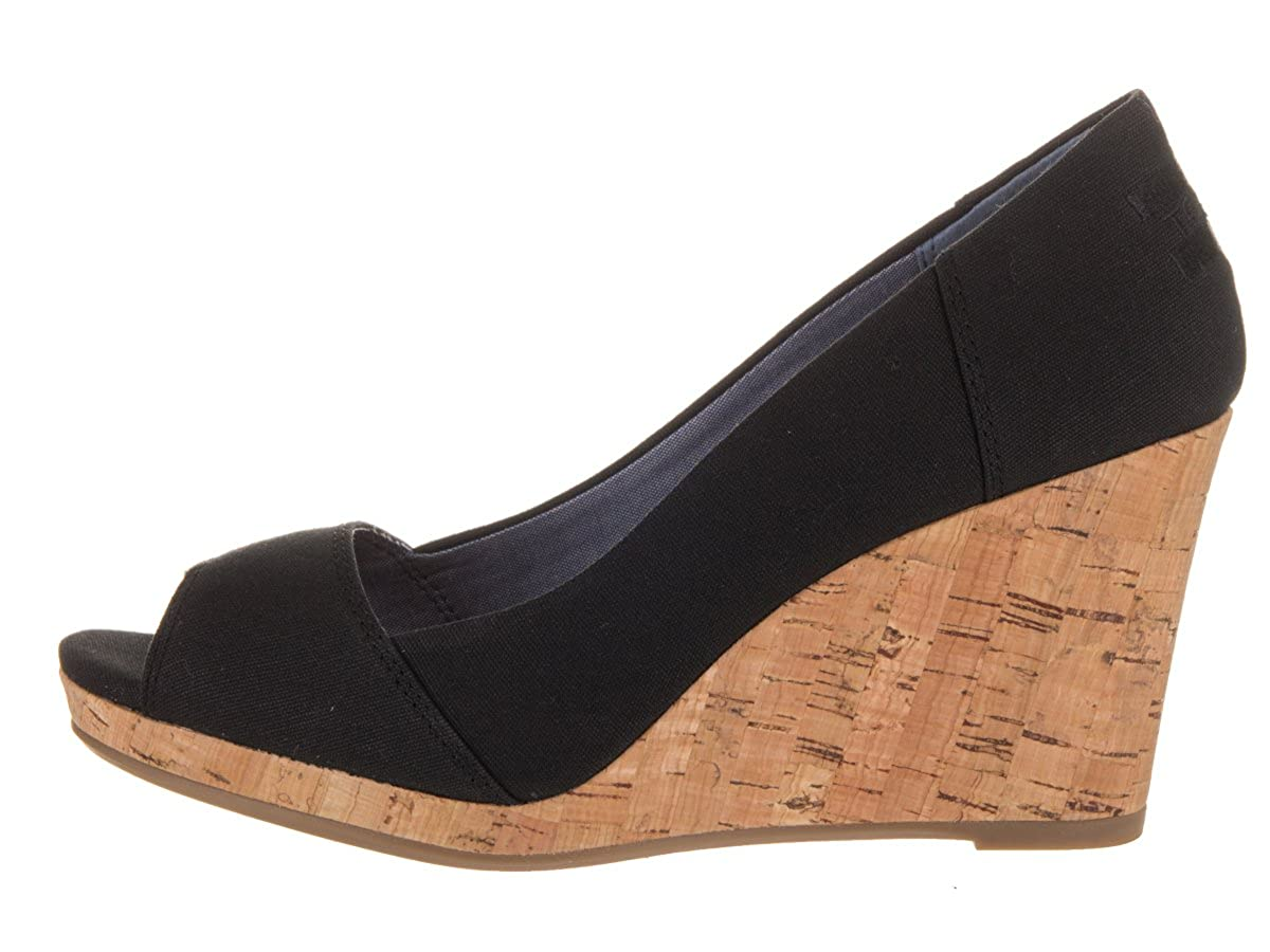 e5a07f9c8f4 Toms Women s Stella Wedge Black Canvas Casual Shoe 10 Women US  Amazon.ca   Shoes   Handbags