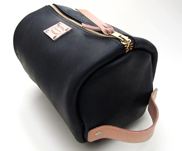 4767d494500e Image Unavailable. Image not available for. Color  Men s Black Leather Dopp  Kit Can Be Personalized