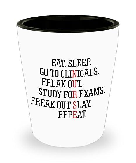 Amazon.com: Eat Sleep Clinicals Panic estudio Panic chupito ...