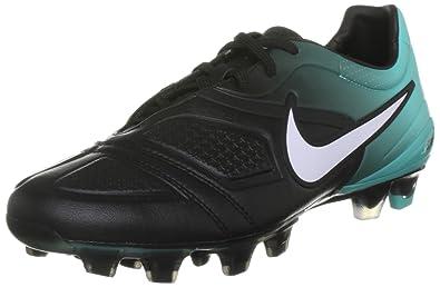 new style 7e31d e6bee Nike Men s CTR 360 Maestri Football Boots, Black White Retro, ...