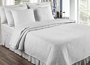 Europa Fine Linens Evora Matelasse Bedding, Coverlet King Size 96 Inch By  102