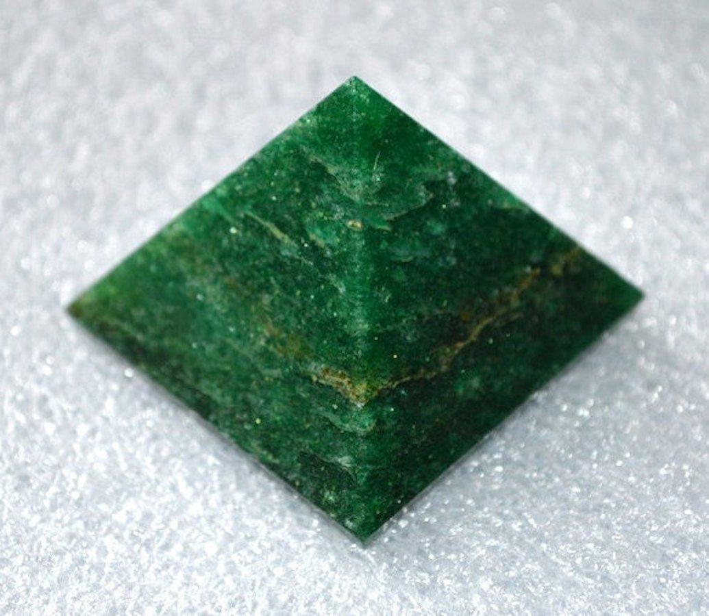 AAA Grade Green Jade Pyramid Size Approx. 1.5-2