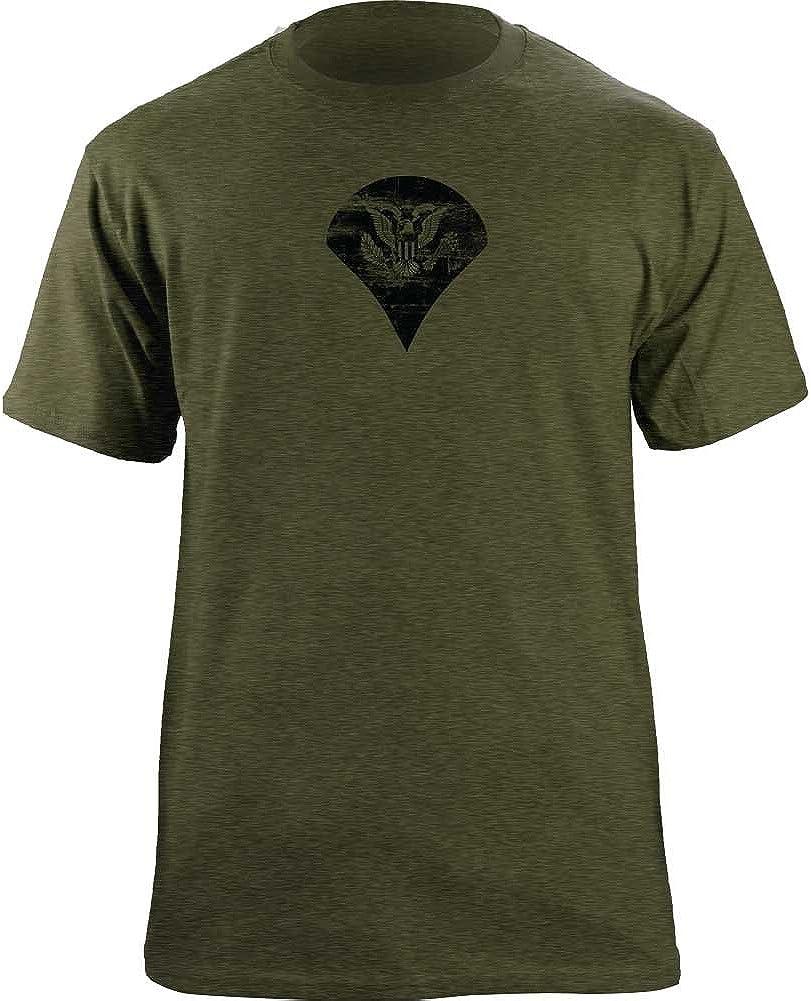 Vintage Army E-4 Specialist Rank Veteran T-Shirt