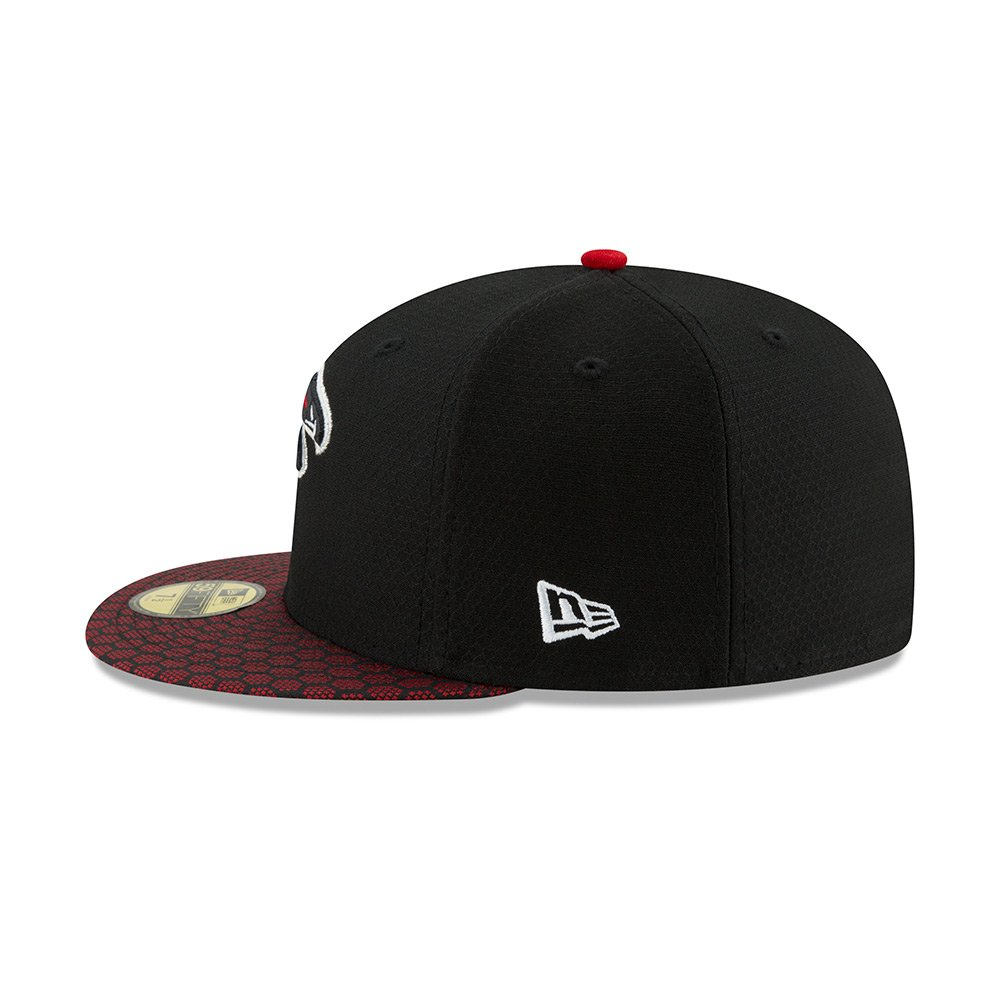 b5946df36b2 New Era Atlanta Falcons NFL 17 Sideline 59fifty 5950 Fitted Cap Limited  Edition at Amazon Men s Clothing store
