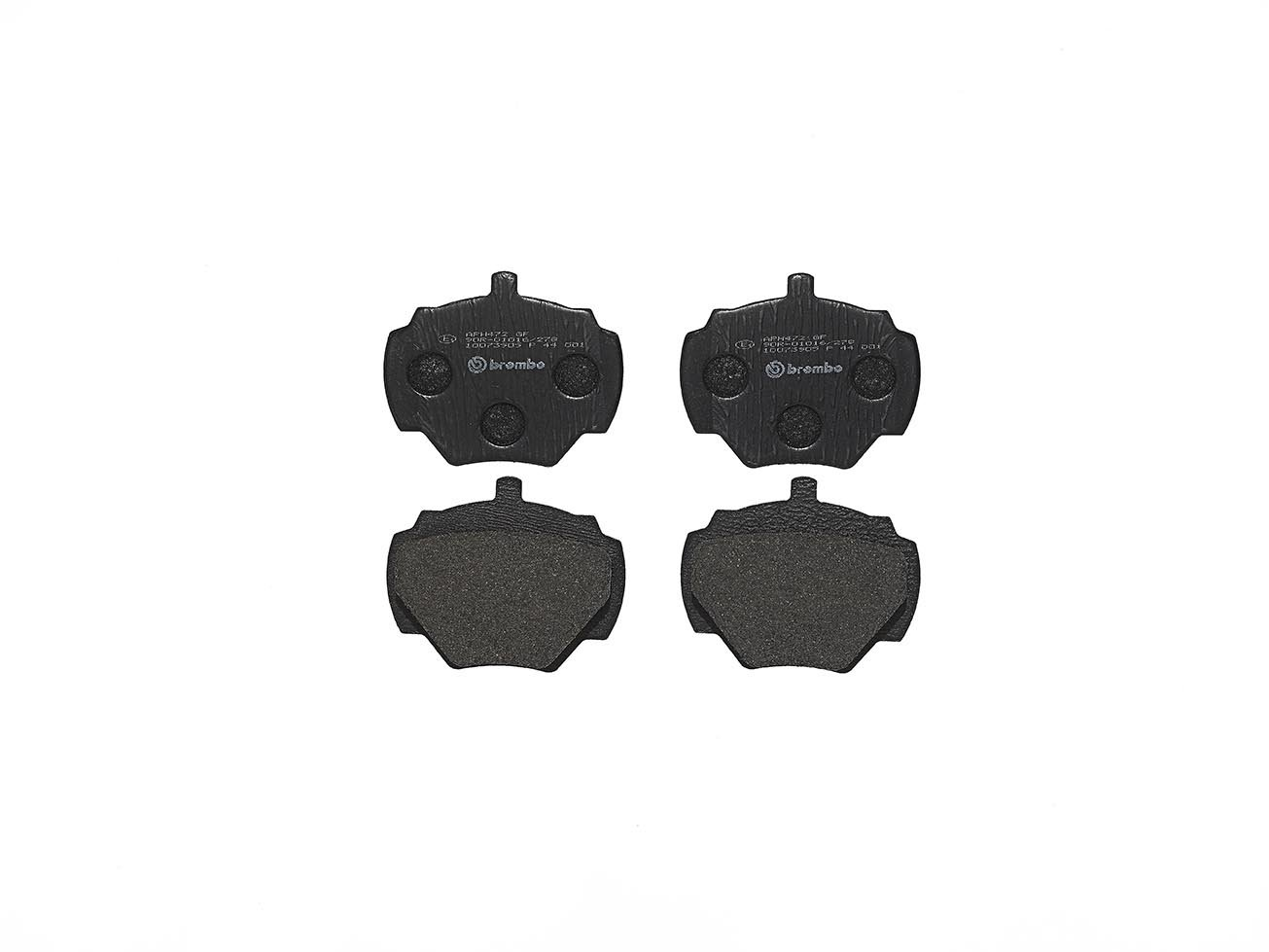 Set of 4 Brembo P44001 Rear Disc Brake Pad