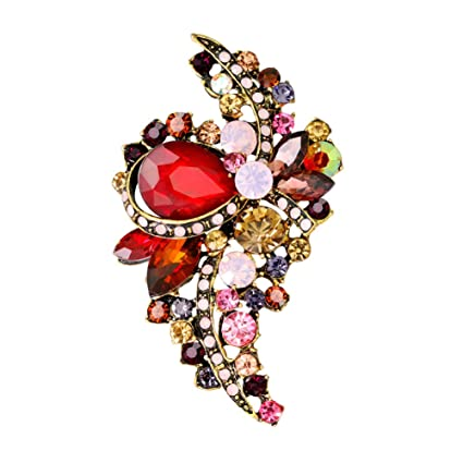 c4cc1219e13 Amazon.com : Butterfly Iron Clearance Brooch Pins, Vintage Women's Shiny  Rhinestone Brooches Scarves Shawl Clip Party Jewelry Gift : Sports &  Outdoors