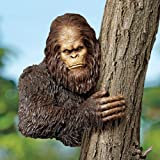 Design Toscano Bigfoot, the Bashful Yeti Tree Sculpture: Over 11 Diameter Trees
