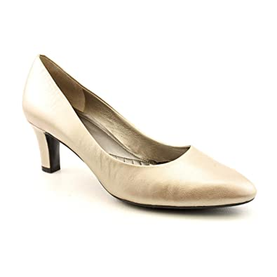 91a18a2680f Easy Spirit Women s Quota Casual Pumps