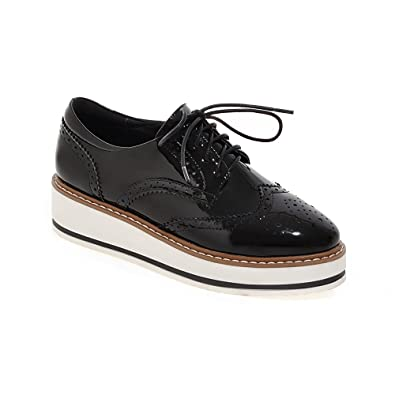 a366408712ad LIGHTBACK Womens Patent Leather Oxfords Classical Platform Lace up Oxford  Shoes Black 4 B(M