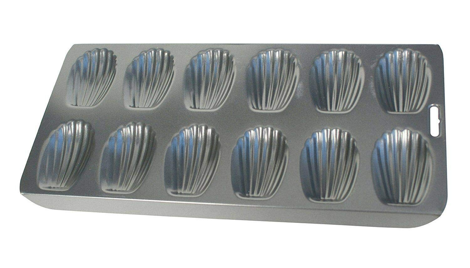 Akkapeary 12 Cup Heavy Duty Nonstick Madeleine Shell Shape Cake Mold Cookie Pan Hand Wash 0.75x 15.75x 7.5 inches carbon steel Black