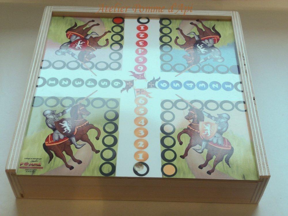 Jeu de société bois - Coffret 3 Jeux - petits chevaux, dames et jeu de l'oie (thème Bretagne)
