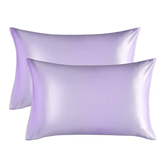 Bedsure Funda Almohada 50x75cm de Satén Pelo Rizado Púrpura 2 Piezas - Muy Liso Suave de 100% Microfibra sin Cremallera