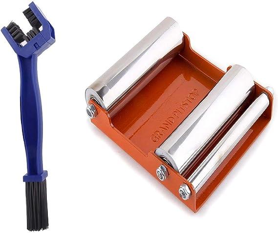 GrandPitstop - Dispositivo con rodillos para limpieza de llantas ...