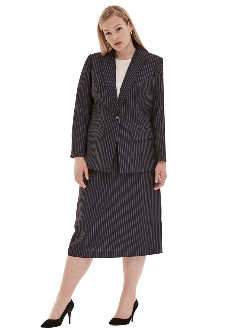 Jessica London Women's Plus Size 2-Piece Single-Breasted Skirt Suit Navy/White