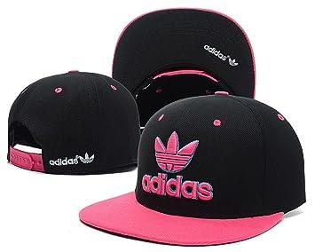 cappello rosa e nero adidas