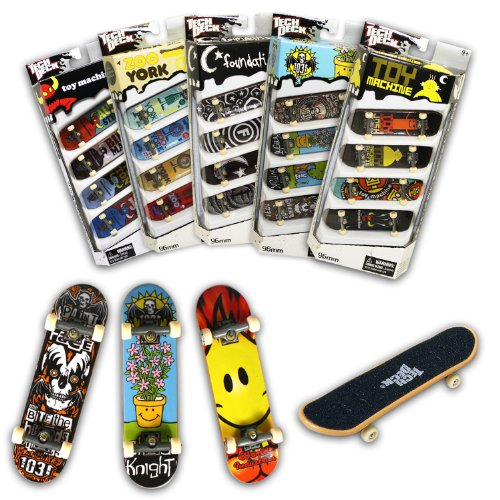 Tech Deck 96MM Fingerboards 4 Pack (Styles vary) ()