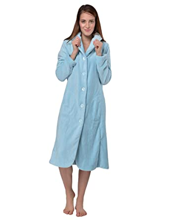 26c5749b3d RAIKOU Women s Bath Robe Dressing Gown Lounge Robe with Buttons Soft and  Super Fluffy Coral Fleece