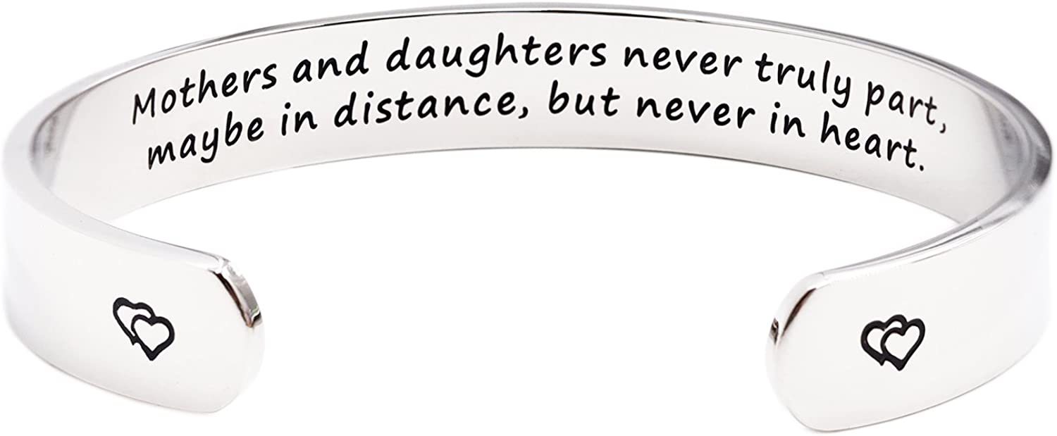 Mothers and Daughters Maybe in Distance But Never Truly Part But Never in Heart Bracelet 616sNXoMMEL