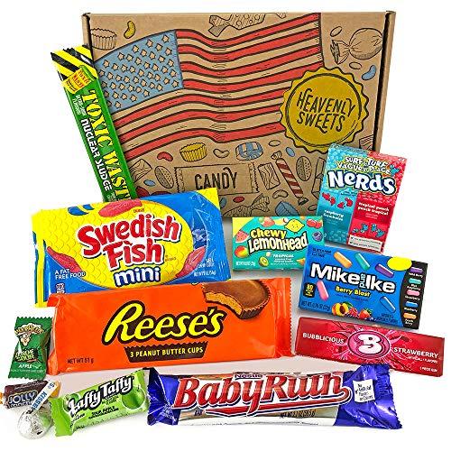 Kleiner American Candy Geschenkkorb | Retro Süßigkeiten und Schokolade Geschenkkorb | Auswahl beinhaltet Reeses, Nerds, Baby Ruth, Warheads | 12 Produkte in einer tollen retro Geschenkebox