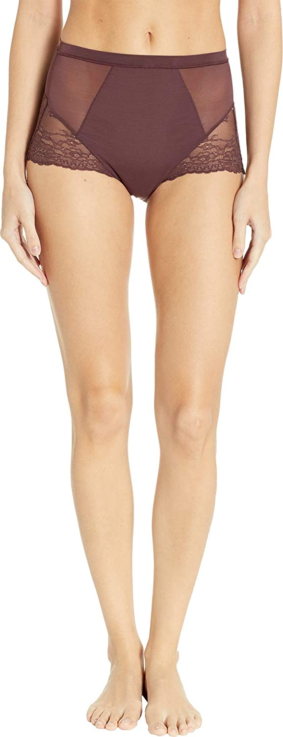 2346fdcc06b SPANX Women s Spotlight On Lace Brief at Amazon Women s Clothing store