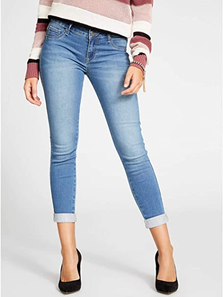 Amazon.com: G By Guess mujer Mishell Curvy Denim Capris ...