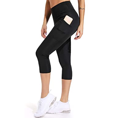 6b7bd7ed406ba3 FITTOO Women's Scrunch Butt Yoga Capris Leggings with Side Pockets Workout  Pants Black S