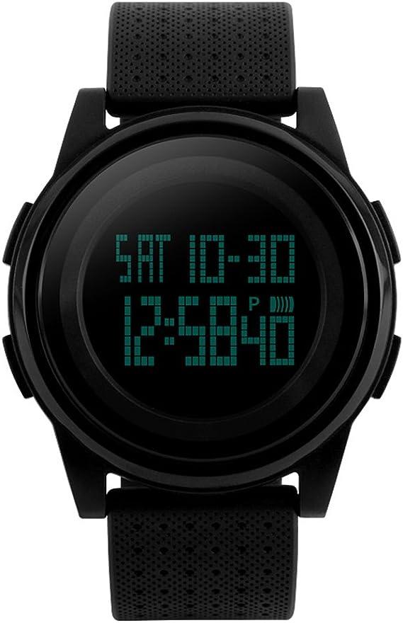 FunkyTop - Reloj digital para hombre, diseño militar, correa de goma grande, resistente al agua hasta 50 m, con luz de fondo, color negro