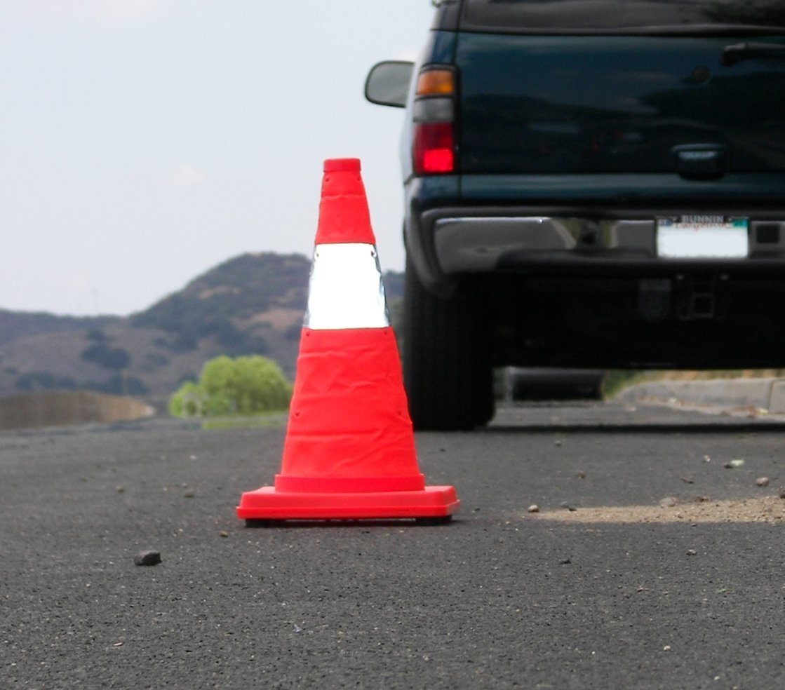 Eurow Safety Lighted Collapsible Traffic Safety Cone 17 Inch by Eurow