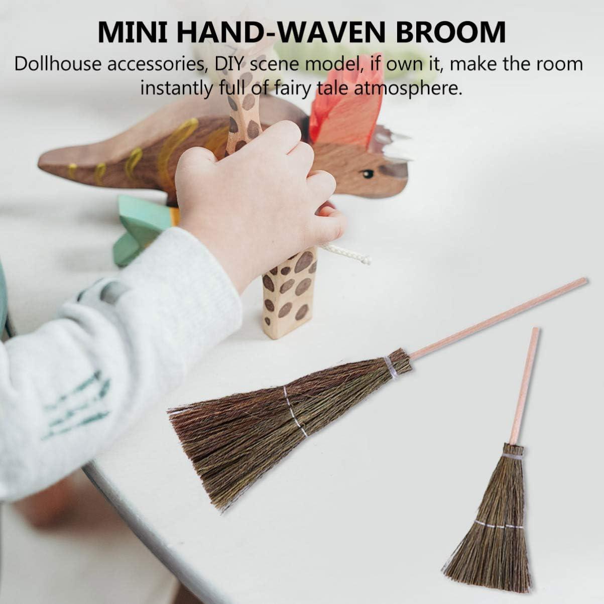 NUOBESTY 2pcs Mini Dollhouse Brooms Wood Straw Broom Craft Decoration Miniature Witch Broom Decoration Dollhouse Mini Room Scenery Layout