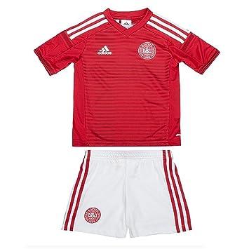 48ab990239eea Adidas Dansk DBU baby football jersey set in red-white, set of 2, 98 (EU):  Amazon.co.uk: Sports & Outdoors
