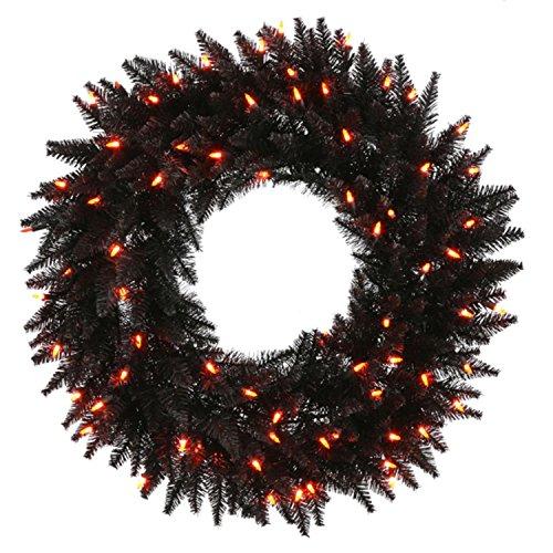 Vicke (Halloween Wreaths)