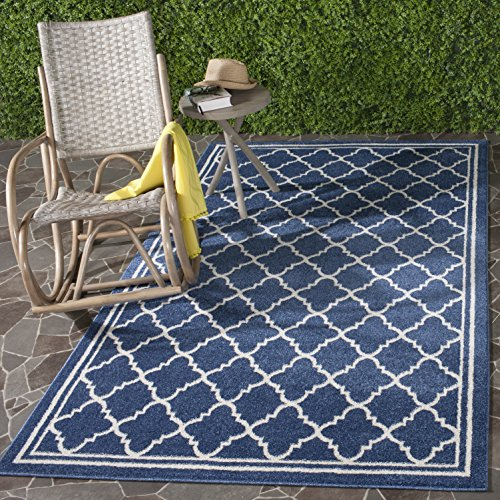 Safavieh Amherst Collection AMT422P Navy and Beige Indoor/ Outdoor Area Rug (8' x 10')