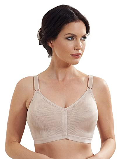 8b3a694a43f0a Royce Caress Post Surgery Skin Wirefree Mastectomy Bra with Silver Thread  1008  Royce  Amazon.co.uk  Clothing