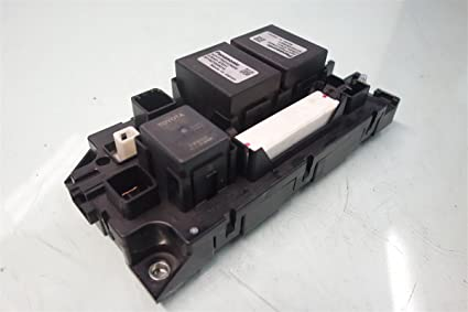 6171xbt85CL._SX425_ amazon com toyota prius v under battery relay juntion fuse box