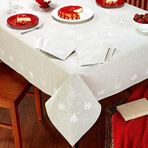 Nob Hill - Nob Hill Candlewick Flowers Tablecloth Candlewicking
