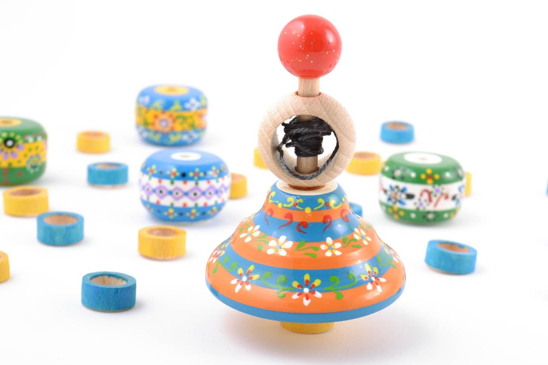 ストライプPainted Eco木製Spinning Top with Ring and文字列手作りおもちゃ B010XPZQG4