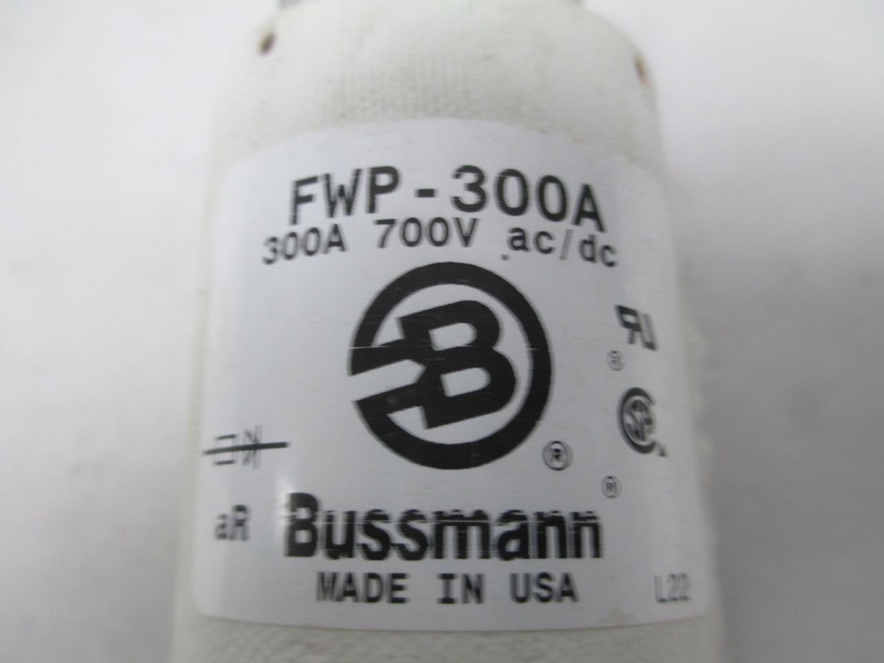 BUSSMANN FWP-300A 300A AMP 700V-AC//DC FUSE D293351