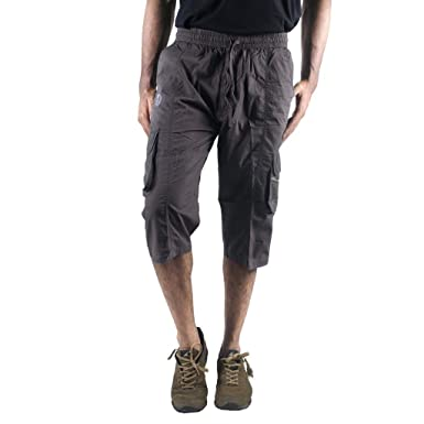 2f61cceef3 0-Degree Shorts 3by4 knee length Three Fourth Capri Men Chinos Classic  Cotton Bermuda DarkGrey 30 (3by4ClassicSoloDarkGrey): Amazon.in: Clothing &  ...